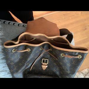 Louis Vuitton Bags - Authentic Louis Vuitton Montsouris GM